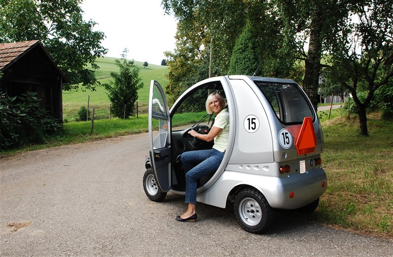elektroscooter charly reha mobil elektromobil. Black Bedroom Furniture Sets. Home Design Ideas