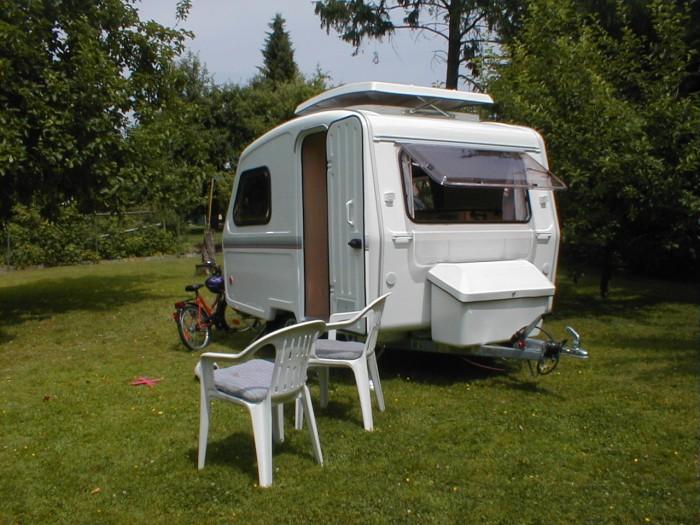 kleine wohnwagen neu wohnanh nger freizeitwagen mini caravan kleinen camper 750 kg. Black Bedroom Furniture Sets. Home Design Ideas